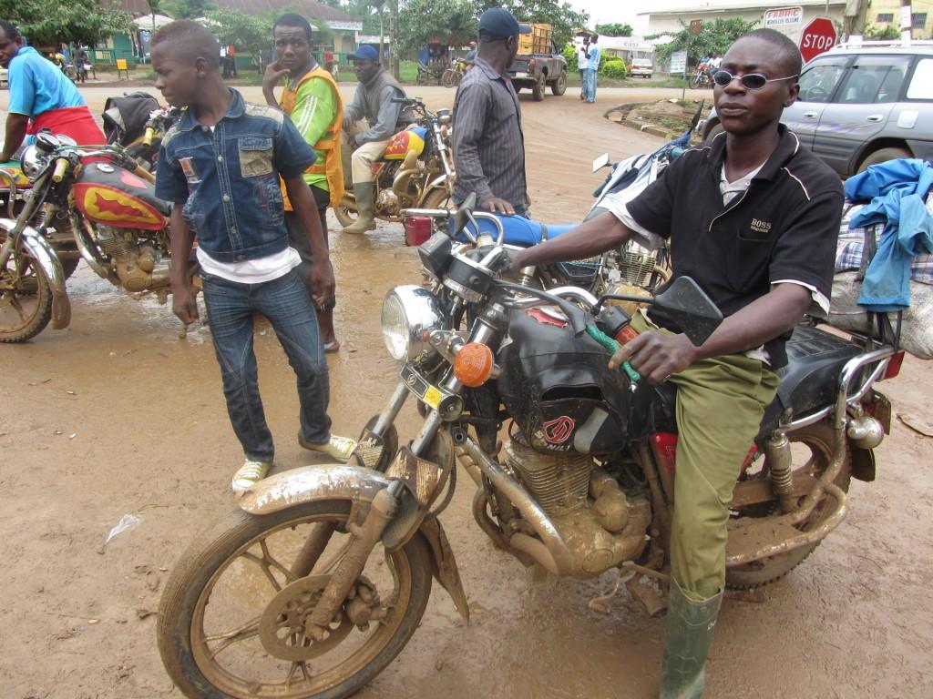 Sako commercial motorbike ridder