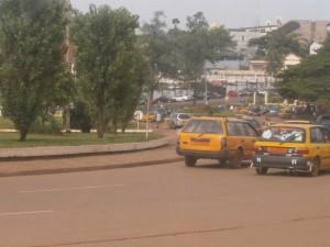 Acun problème de taxi dans la ville