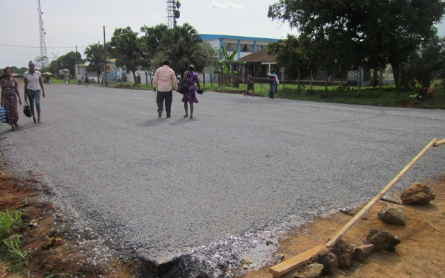 Tarring of stretch of road in Tiko