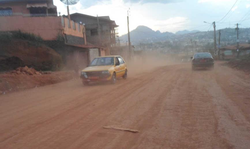 La route de Nsimeyong en chantier