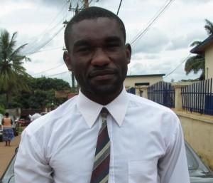 Denis Atangana, candidat pour la Marie de Monatélé, une ville située à environ 70 km de Yaoundé la capitale politique du Cameroun