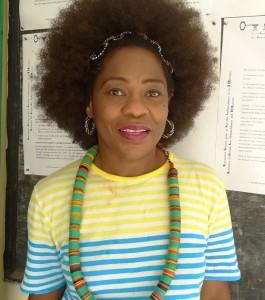 Mariane Ekanè-Simon. Tête de liste du Manidem aux législatives à Moungo-sud