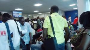 Importateurs dans l'attente à Douala